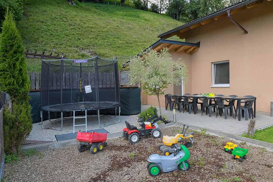 Apartment-Spielplatz /Terrasse